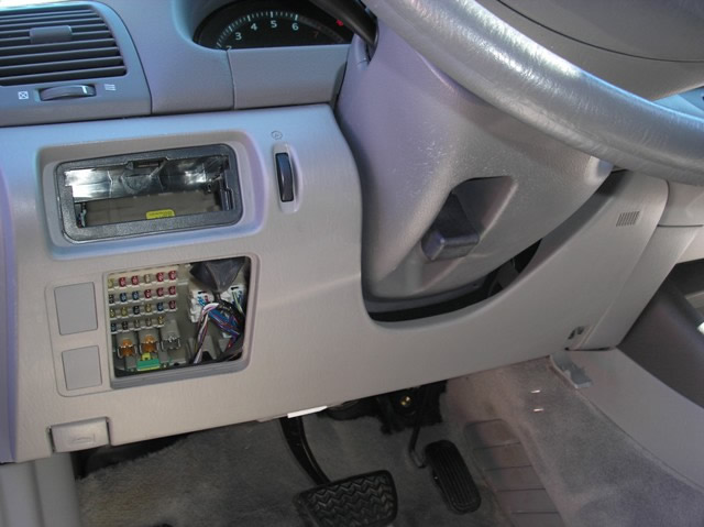XLarge_2002 TOYOTA CAMRY UNDERDASH PANEL REMOVAL bulldog security diagrams 2002 Toyota Camry Fuse Box Guide at gsmx.co